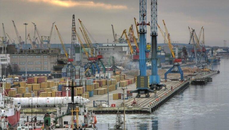 Latvija var izkonkurēt lietuviešus Baltkrievijā Klaipēdas ostas iekšējās jaudas trūkuma dēļ