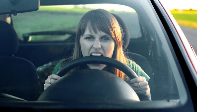 Kā autovadītāji var pasargāt sevi no stresa