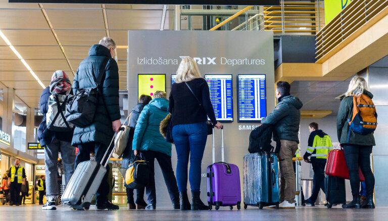 Linkaits: tuvākā laikā tiks atjaunota pasažieru aviosatiksme uz Lielbritāniju