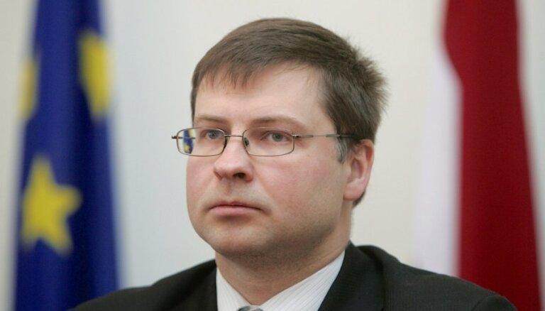 Dombrovskis: nevaru apstiprināt Vilka pausto 'notikumu interpretāciju'