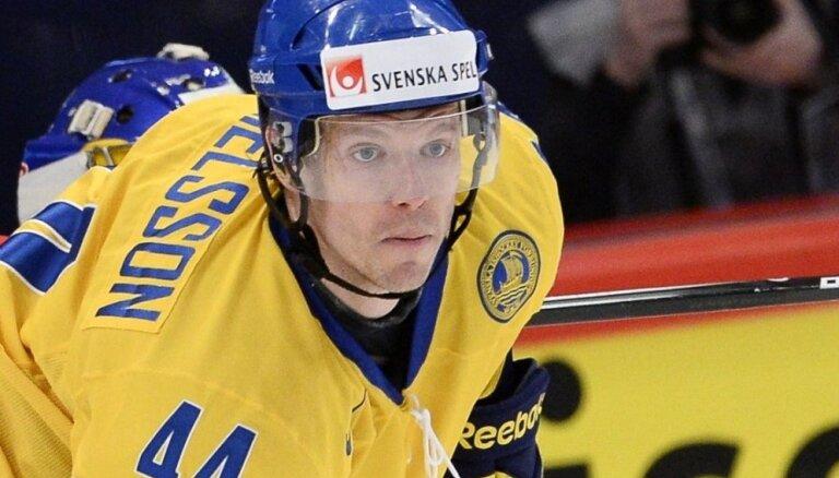 Zviedri pirms spēles pret Latviju piesaka čempionātam jaunu spēlētāju