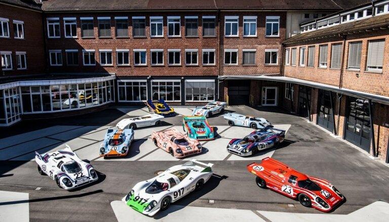 Foto: 'Porsche' muzejā Vācijā svin '917' modeļa 50 gadu jubileju