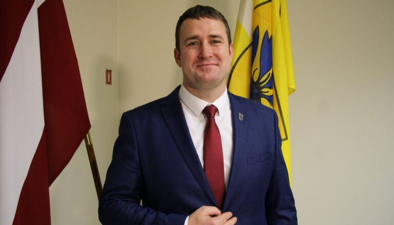 Председателем думы Смилтенского края избран однопартиец бывшего мэра Эдгар Авотиньш