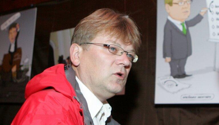Štokenbergs sakāvi vēlēšanās saista ar masīvo nomelnojošo kampaņu, Kristovskis - ar savu aktīvo darbību