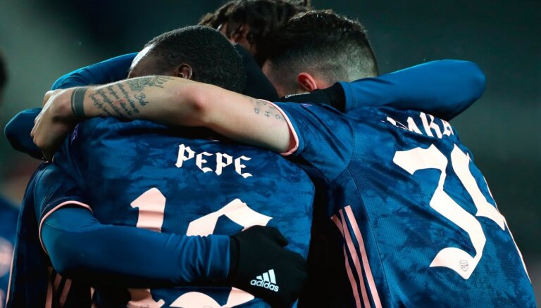 UEFA Eiropas līga: 'Arsenal' izbraukumā izrēķinās ar 'Slavia'