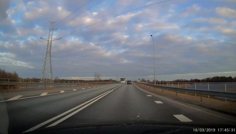 ВИДЕО ОЧЕВИДЦА: Безумный обгон в исполнении Volvo