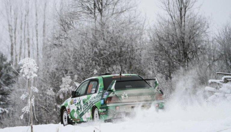Pirmajā Latvijas un Igaunijas rallija čempionāta posmā Alūksnē uz starta 85 ekipāžas