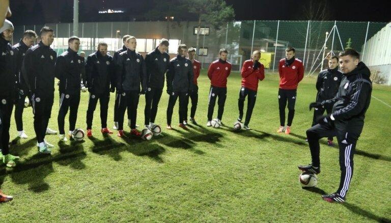 Латвия в рейтинге ФИФА поднялась на две позиции