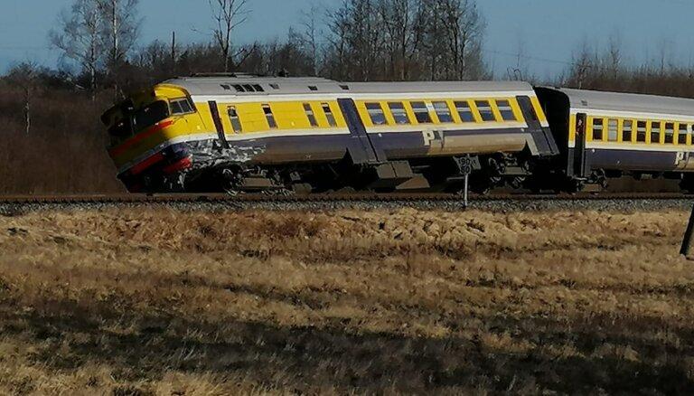 ДТП в Калвене: разбитый вагон не подлежит восстановлению, выбит целый состав