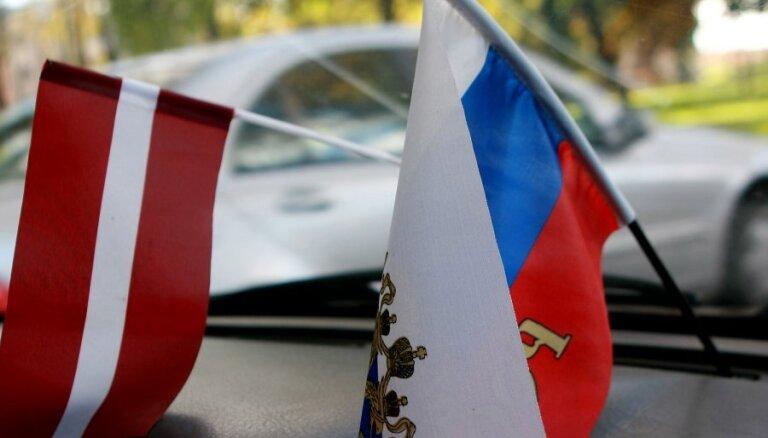 Arvien mazāk cilvēku Latvijas labklājību saista ar Krieviju