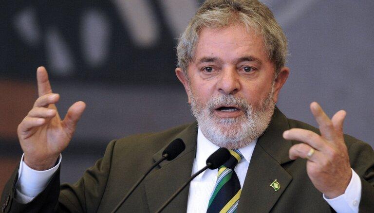 Brazīlijas augstākā tiesa noraida lūgumu no ieslodzījuma atbrīvot eksprezidentu Lulu