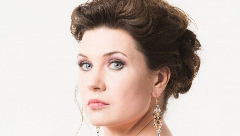 Tiešsaistē rādīs pandēmijas laikā operas 'Traviata' iestudējumu ar Marinu Rebeku galvenajā lomā