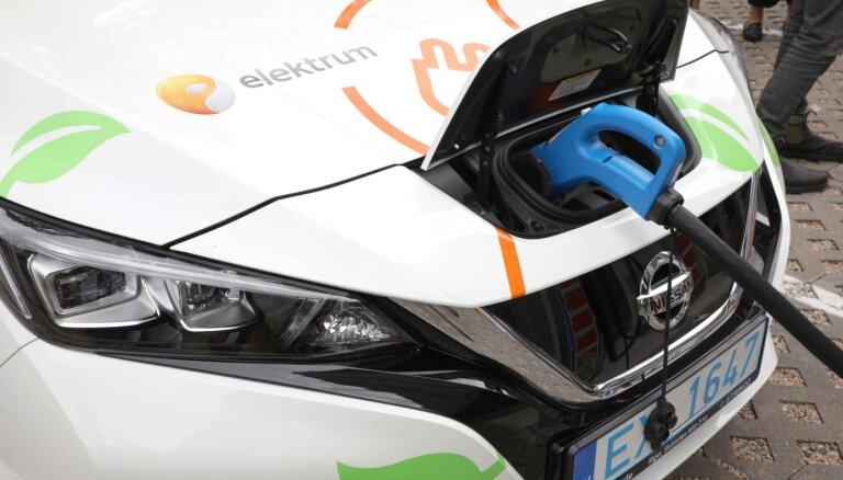 'Latvenergo' elektromobiļu uzlādes vietās ik nedēļu pieaug uzlādētās enerģijas apjoms
