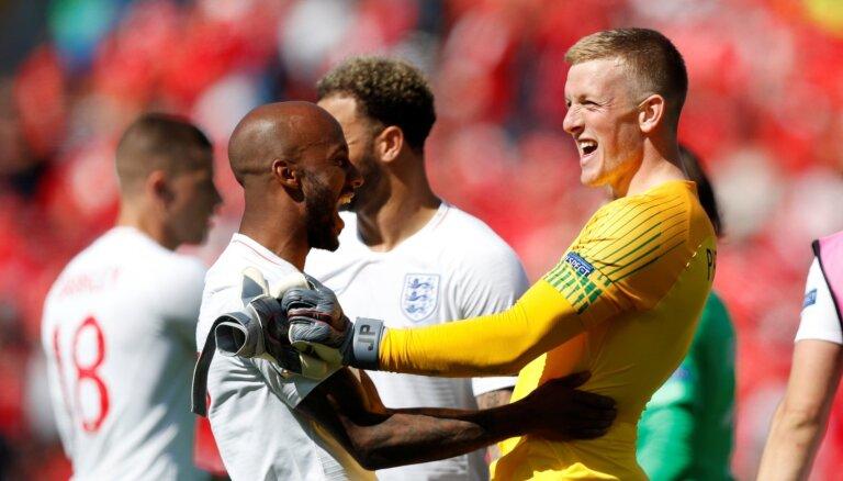 Pikfords 'pendelēs' atnes Anglijai trešo vietu UEFA Nāciju līgā