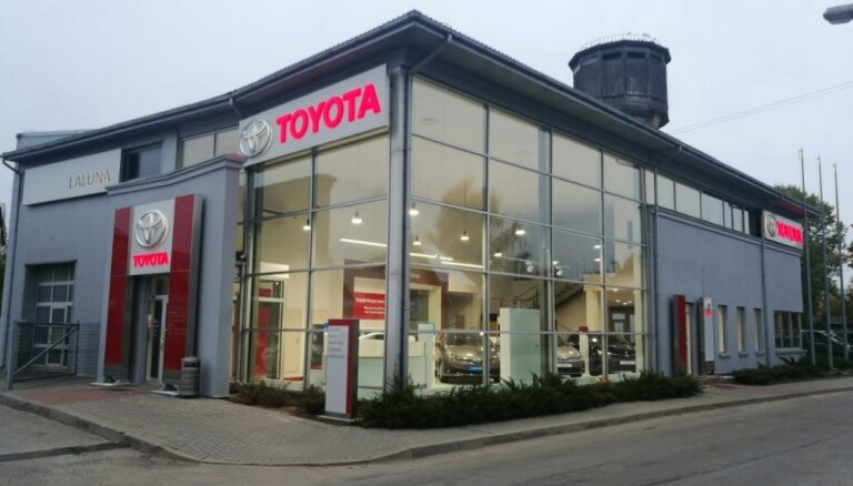 Jēkabpilī atvērts jauns 'Toyota' dīlera centrs
