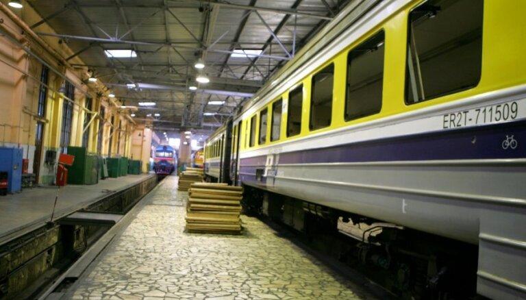 PV: pieci pasažieri nav jāved ar vilcienu par 12 eiro kilometrā