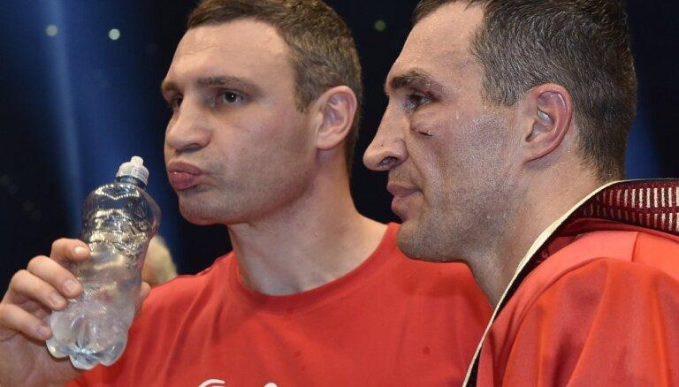 Пивной гигант отказался от братьев Кличко в пользу Клоппа