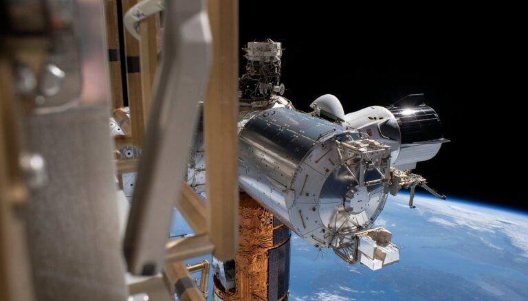 Ночное возвращение с МКС. Астронавты НАСА приводнились около Флориды