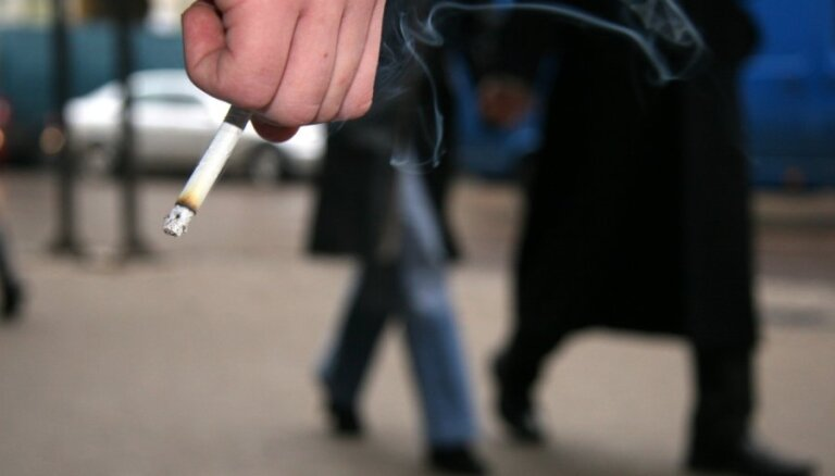 Būtiski pieaudzis smēķēšanā un alkohola lietošanā pieķertu pusaudžu skaits