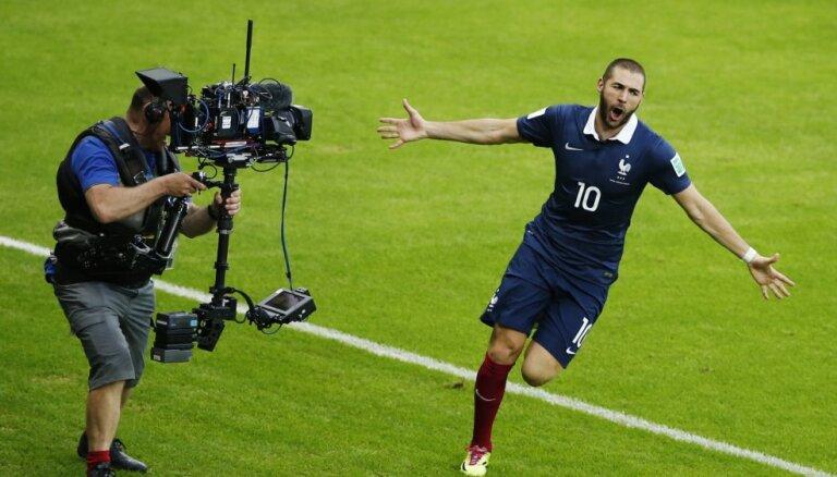 Benzemā pēc teju sešu gadu pārtraukuma atgriežas Francijas futbola izlases kandidātu sarakstā