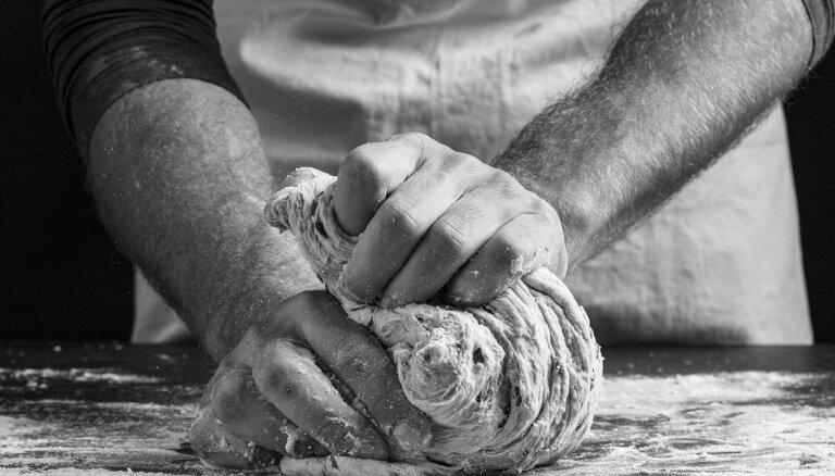 Maizes cepšanas noslēpumi un receptes – projektā 'Vērtīgie maizes stāsti'