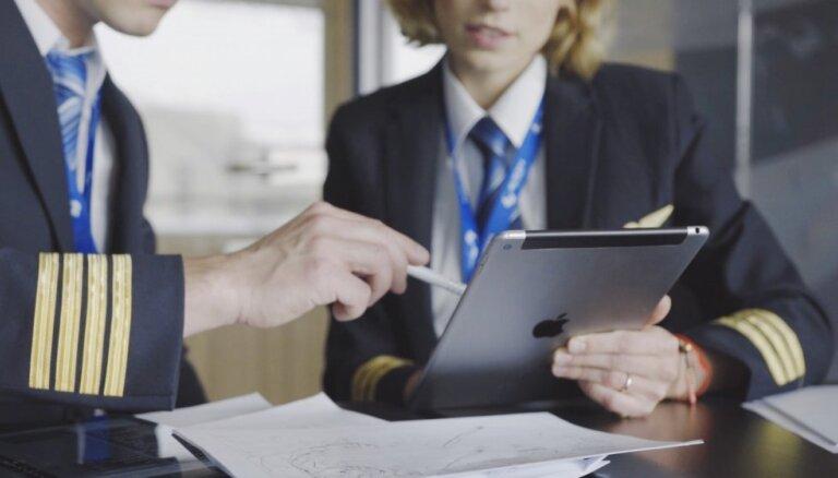 Planšetdatori iekaro biznesu – no pilotu rokasgrāmatām līdz kases aparātiem kafejnīcās