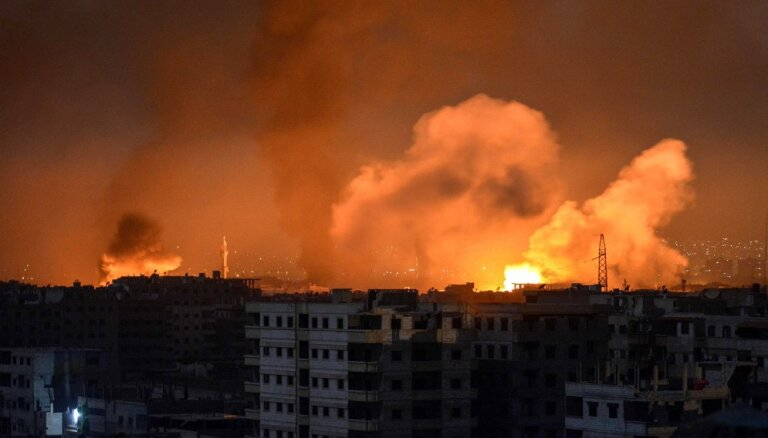 Reuters: российские самолеты разбомбили город на юго-западе Сирии