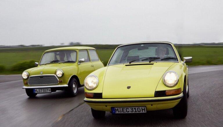 Vācijas banka rekomendē naudu ieguldīt klasiskajos automobiļos