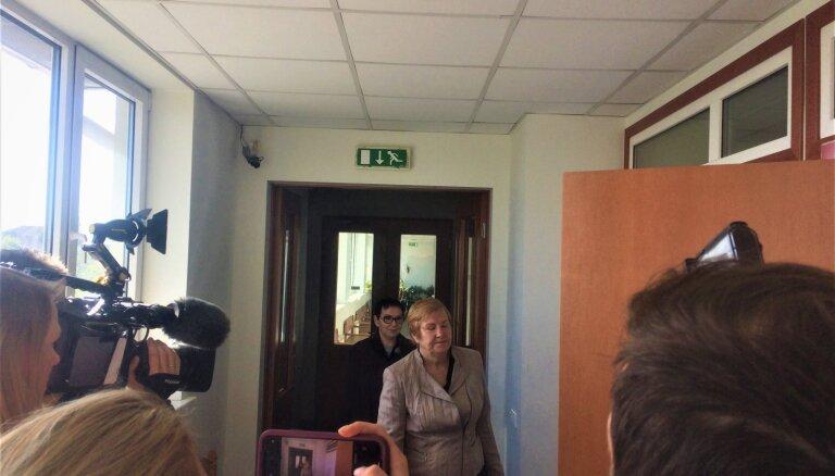 Экс-чиновница РД Стабиня призналась суду во взяточничестве: может и не сесть в тюрьму