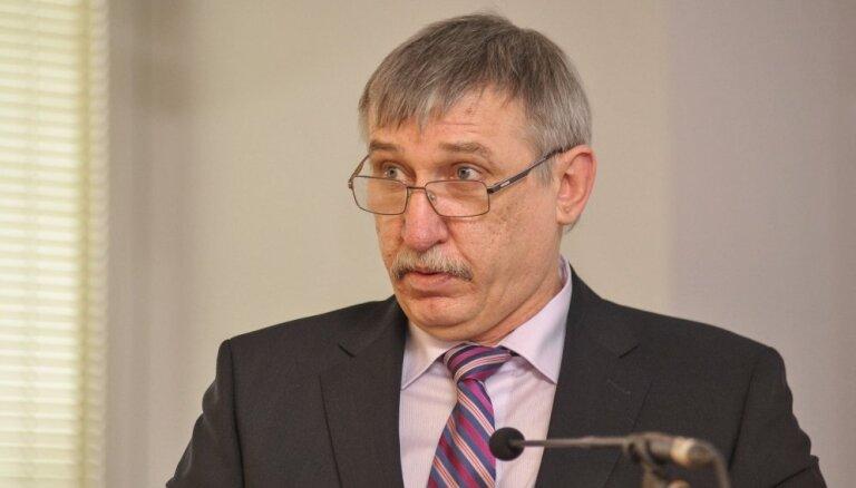 34 депутата Сейма подписались за то, чтобы проверить Калнмейерса на соответствие должности генпрокурора