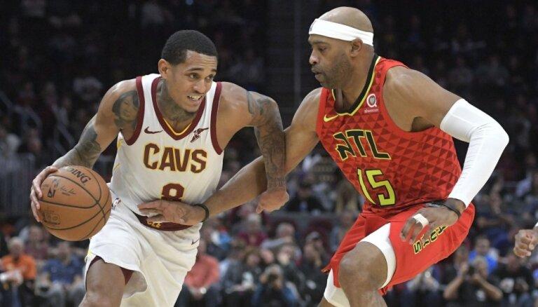 Klīvlendas 'Cavaliers' izcīna pirmo uzvaru šosezon