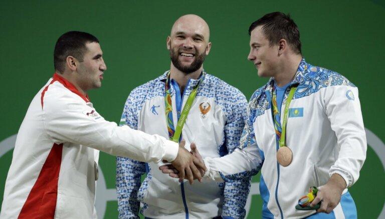 Немцы обвиняют тяжелоатлетов из стран бывшего СССР в нечестной конкуренции