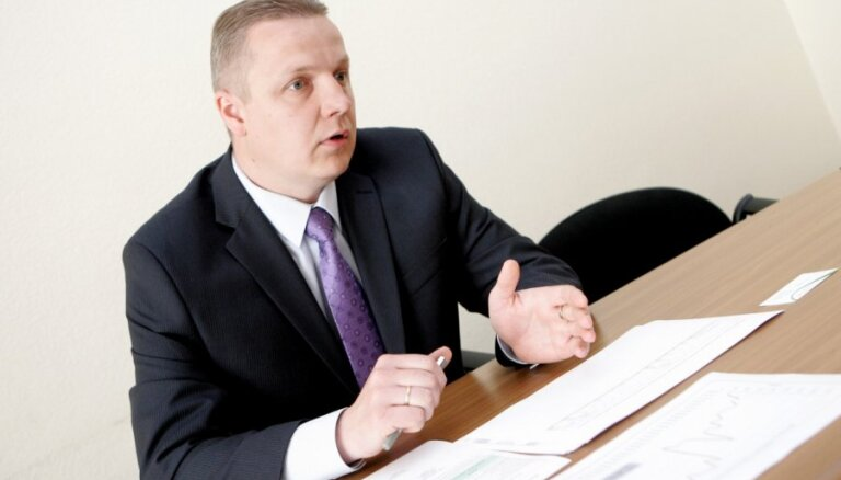 Par 'Conexus' padomes priekšsēdētāju iecelts Valsts kases pārvaldnieks Āboliņš