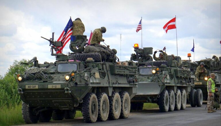 Latviju šķērso drošības garanta 'Dragoon Ride' pirmā kolonna; varēs izpētīt bruņutehniku klātienē