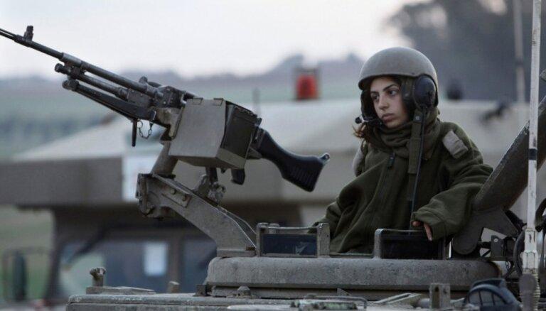 За сутки палестинцы из Газы запустили 450 ракет, Израиль в ответ поразил 220 целей