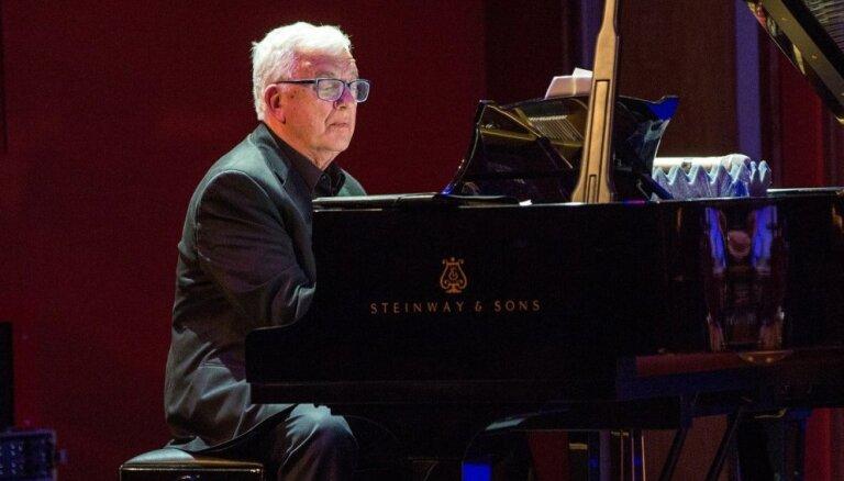 Ar Raimonda Paula uzstāšanos Dzintaros aizsāksies koncertcikls 'Kino un teātra mūzika'