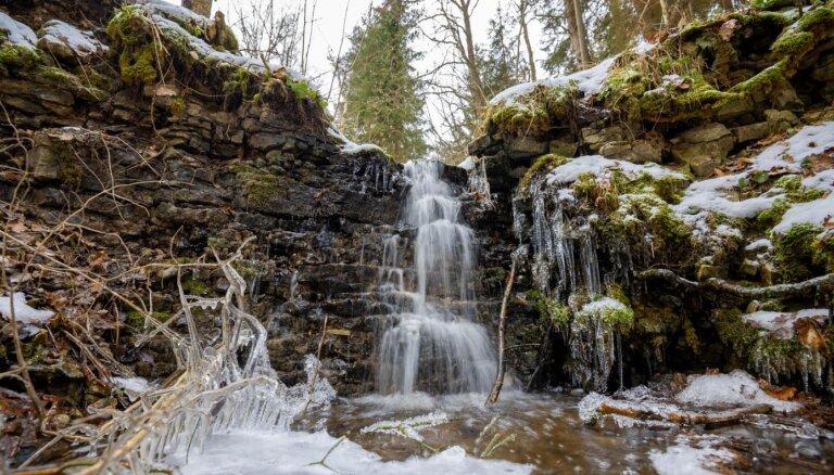 Foto: Skaistie Zārvalka ūdenskritumi