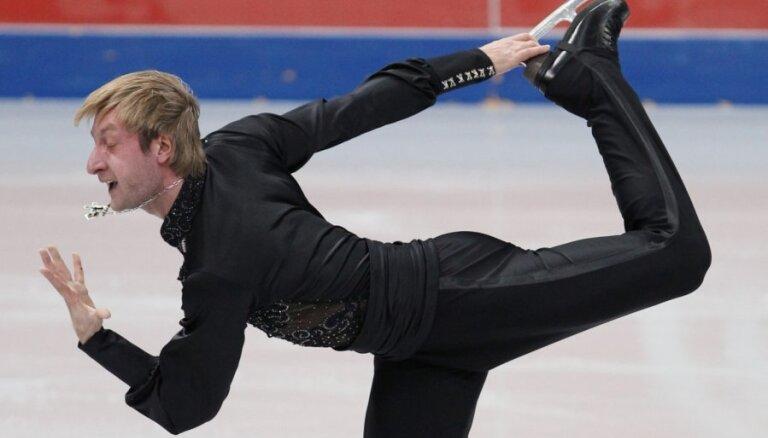 Pļuščenko nepiedalīsies Soču Olimpiādes individuālajās sacensībās