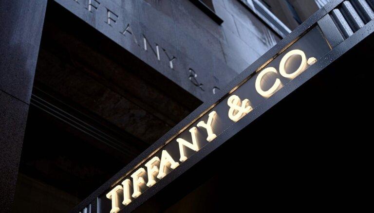 LVMH atcēlis 'Tiffany' pārņemšanas darījumu