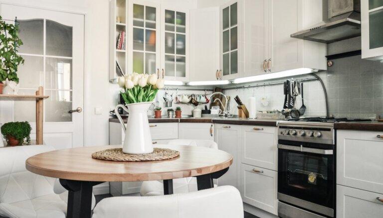 Советы и хитрости, как обустроить маленькую кухню