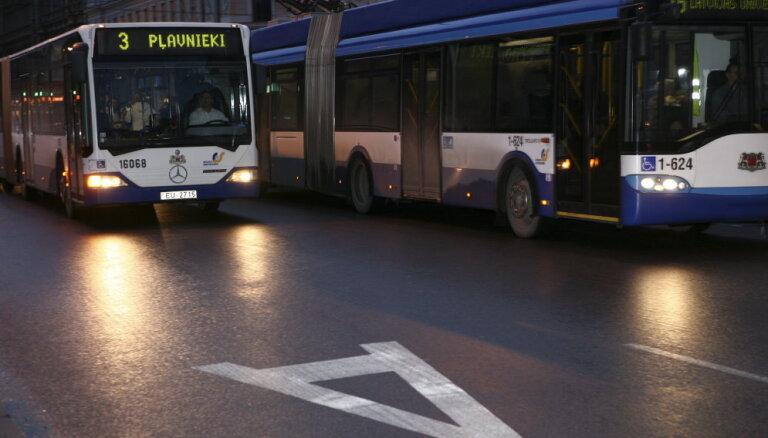 КАРТА: Из-за закрытия Деглавского моста будут изменены маршруты общественного транспорта