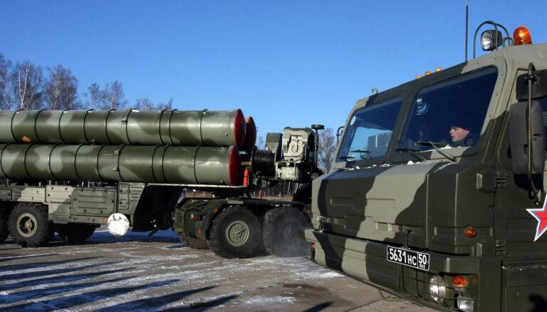 Turcija 'S-400' iegādes liegumā vaino atsevišķas ASV iestādes, ne Trampu