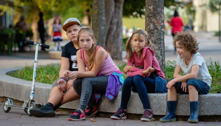 Noskaties! Publiskots jaunās ģimenes filmas 'Vecā dārza noslēpums' treileris