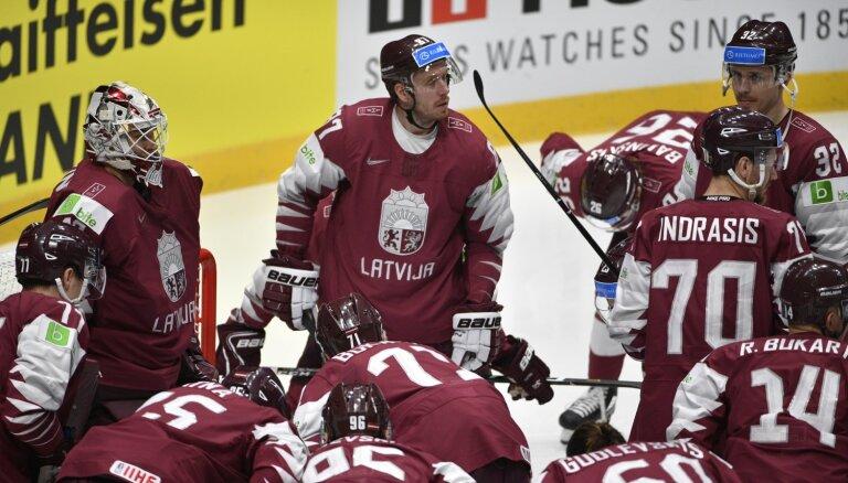 Матчи сборной Латвии по хоккею в Arēna Rīga отменены из-за коронавируса
