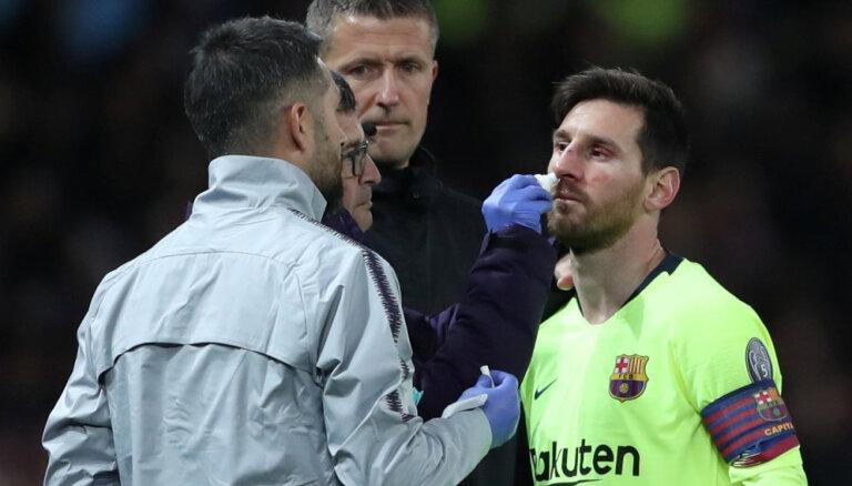 """ЛЧ: Гол Роналду не помог """"Ювентусу"""" в Амстердаме, Месси пострадал в Манчестере"""