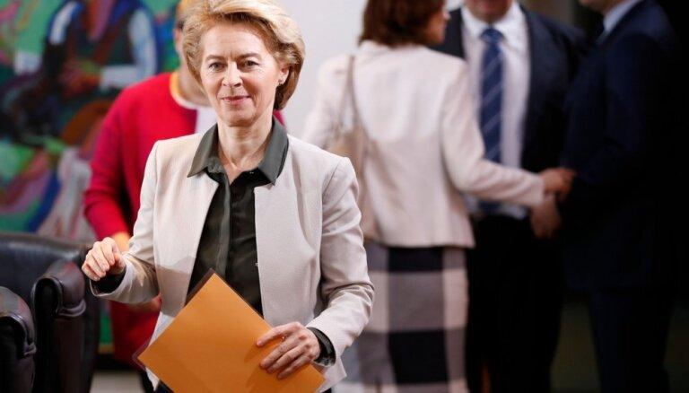 Vācijas ministre neizslēdz jaunu kodolieroču izvietošanu Eiropā