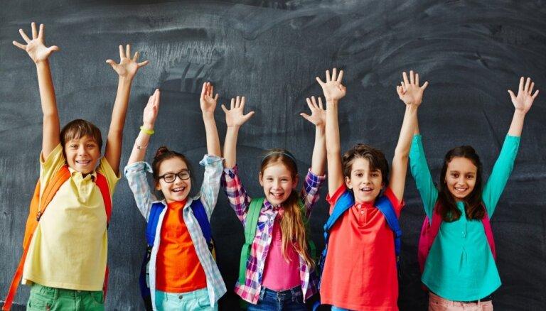 240 tūkstoši skolēnu sāks dalību iniciatīvā 'Latvijas skolas soma'