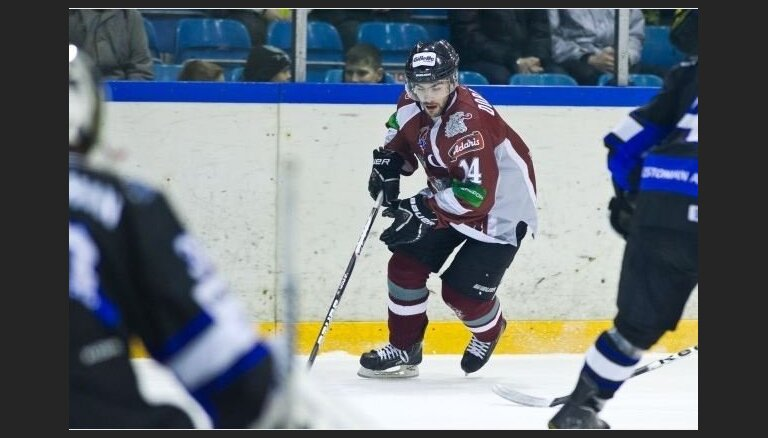 Rīgas 'Dinamo' pārbaudes spēlē piekāpjas Igaunijas izlasei