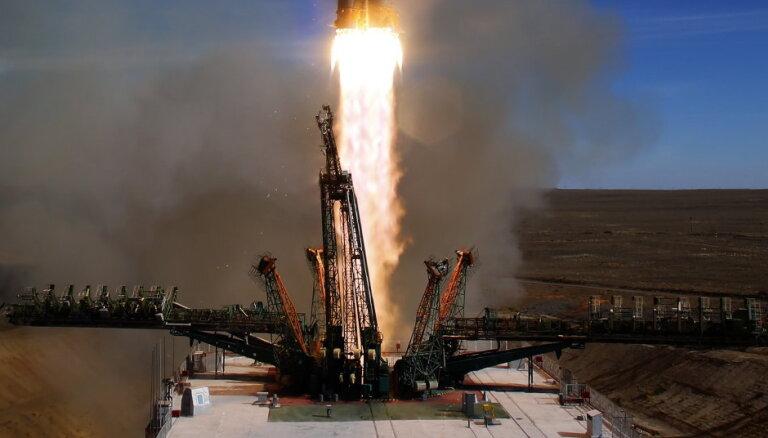 """Газета назвала вероятную причину аварии ракеты """"Союз"""""""