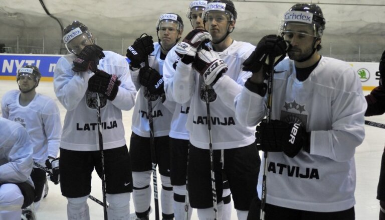 Pujacs un Meija nepiedalās Latvijas izlases treniņā